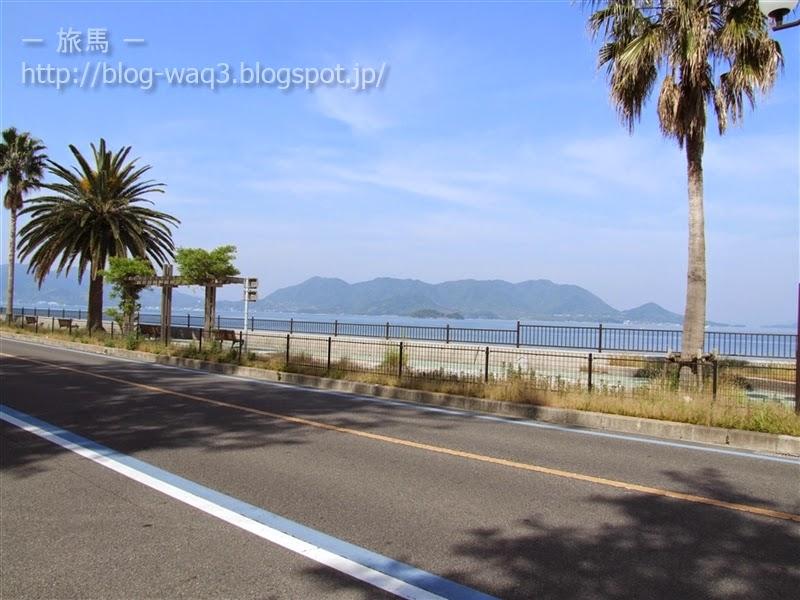 瓢箪島を眺めることができる休憩所