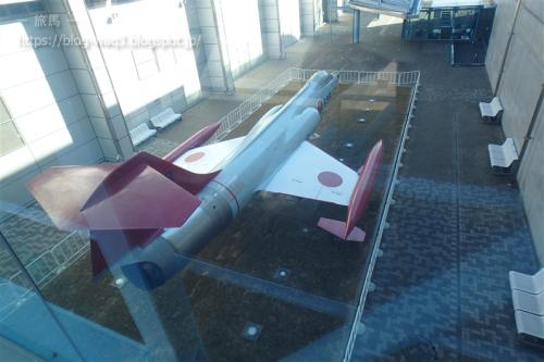 渡り廊下からみたF-104J