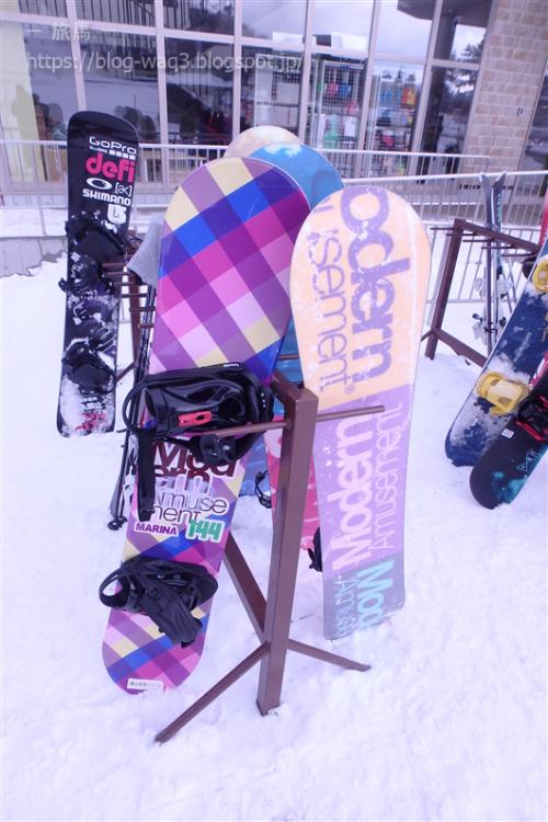レンタルしたスノーボードです