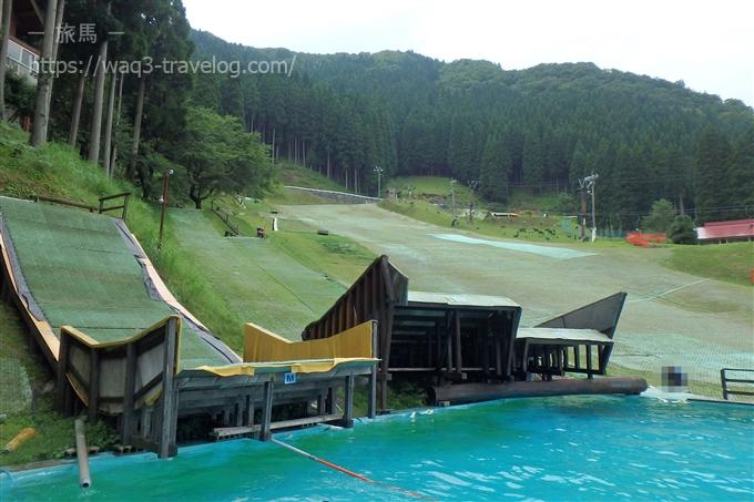 若杉高原おおやスキー場 ウォータージャンププール