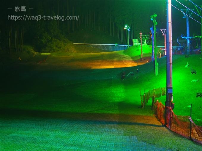 若杉高原大屋スキー場夜のゲレンデ