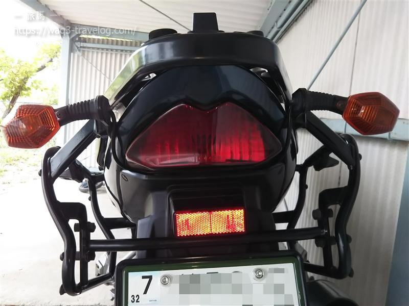 Bandit1250Sのしょんぼりリアウインカー