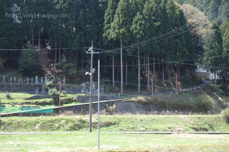 恋山形駅へのアプローチ