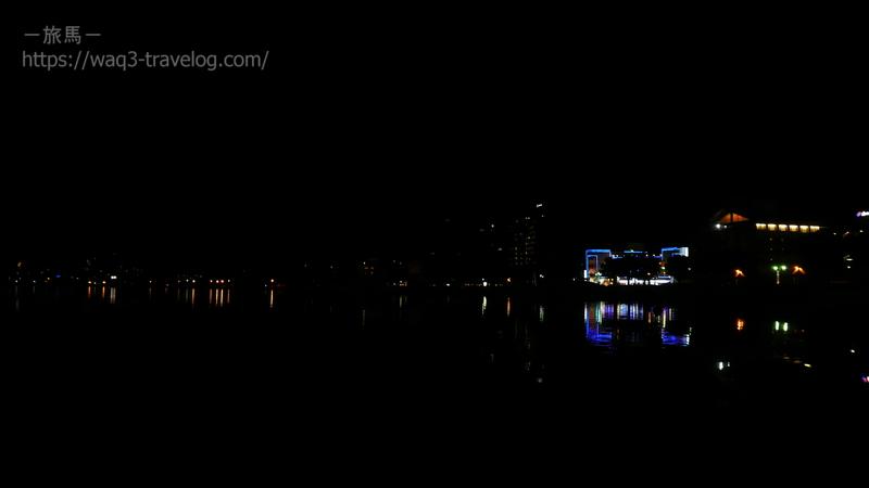夜の諏訪湖