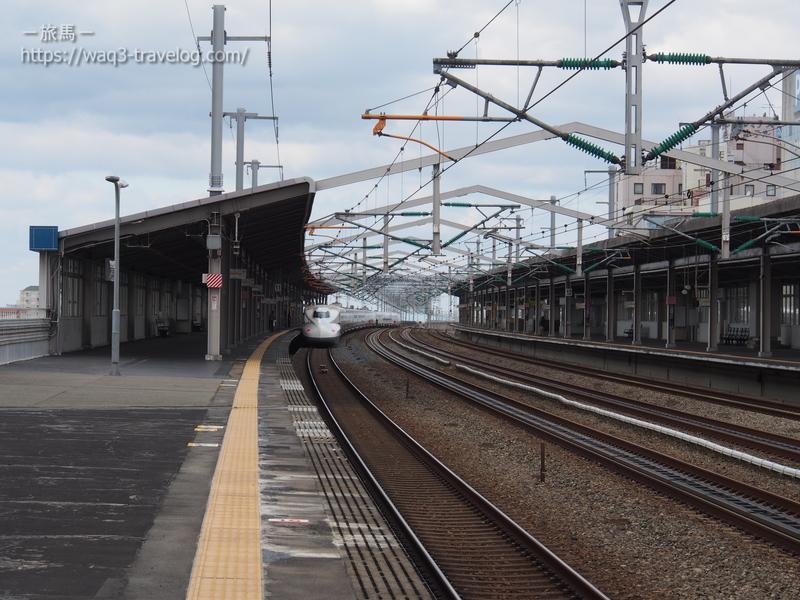 西明石駅を発車するひかり463号