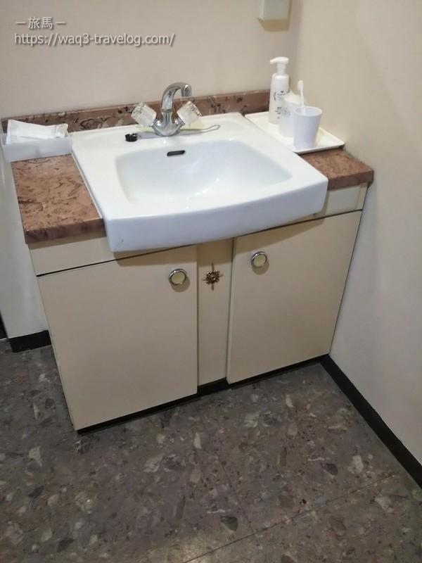 リバーサイドホテル松栄の客室の洗面所